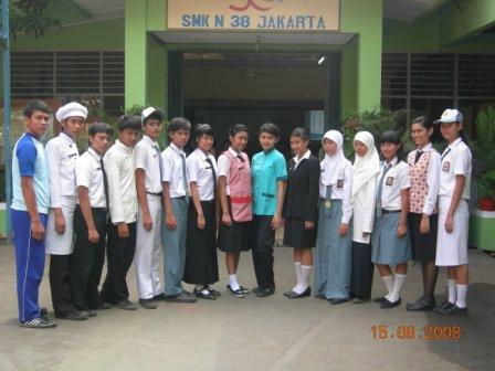 Seragam SMK Negeri 38 (teori dan praktik)